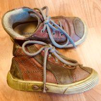 Kotníčkové boty Sázavan