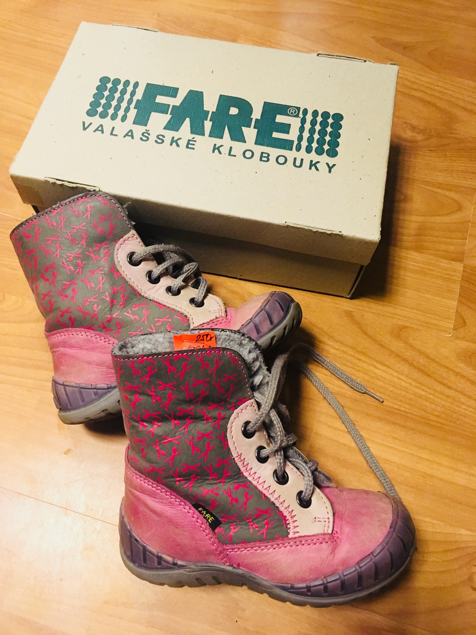 Kotníkové boty Fare - Velký dětský bazar 1c0242e454