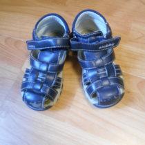Sandále Slobby