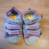 Sportovní sandále Rebit