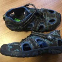 Sportovní sandále