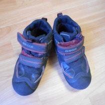 Kotníčkové boty Geox