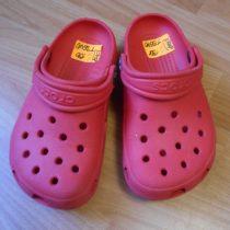Dívčí crocsy