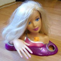Časací hlava Barbie