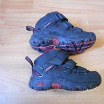 Kotníčkové boty Keen
