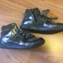 Kotníčkové boty Primigi
