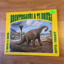 Knížka Brontosauři a ti druzí