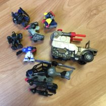 Set auto, vrtulník a roboti