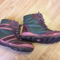 Kožené boty Essi