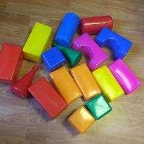 Velké plastové kostky