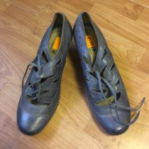 Dámské boty na podpadku zn. Jana