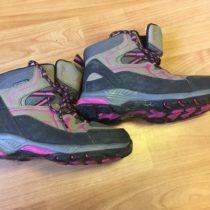 Kotníčkové outdooorové boty