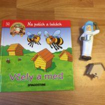 Dětská kniha ze série Hraj si a uč se – Na polích a lukách – Včely a med