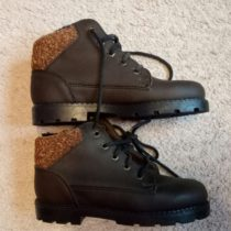 Kotníčkové vyteplené boty