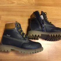 Vyteplené boty Fila