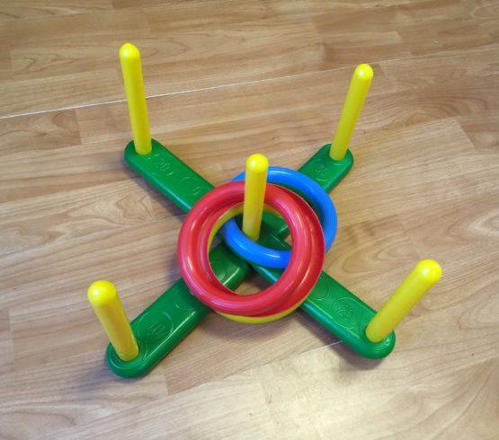 Hra – házení kroužků