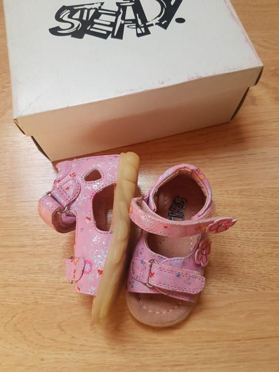 Sandále Steady