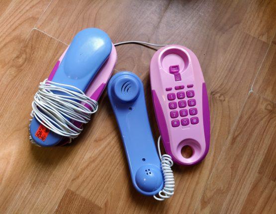 Set telefonů