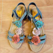 Sandálky skvěty Graceland