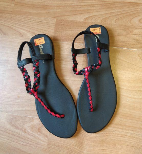 Sandály mezi prsty Baťa