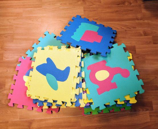 Pěnové puzzle – Auta + čísla