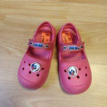Gumové sandále sautem