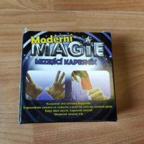 Hra Moderní magie – mizející kapesník