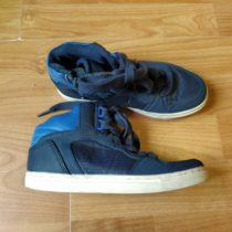 Kotníčkové botasky