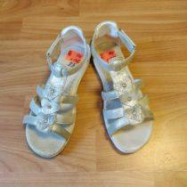 Sandálky Baťa