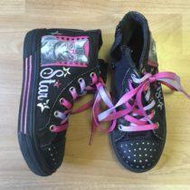 Kotníkové svíticí boty
