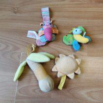 Set mini plyšáků kzavěšení nad hrací deku