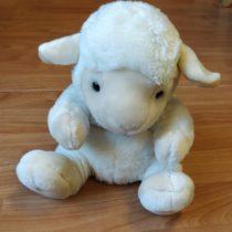 Plyšová ovečka – maňásek