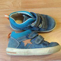 Kožené, kotníčkové boty Superfit shvězdou