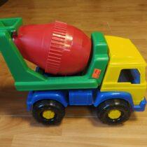 Plastové nákladní auto Cavallino
