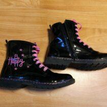 Kotníkové boty Baťa – lakovky