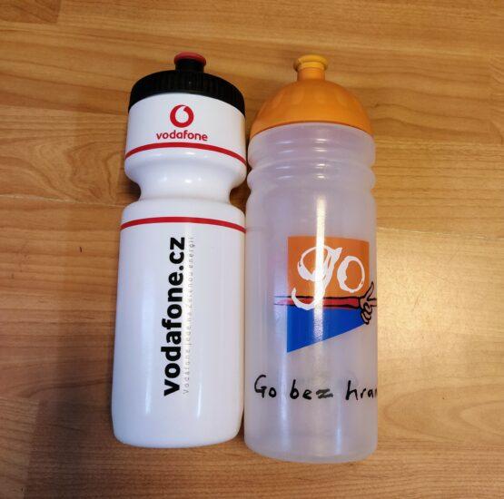 Set plastových reklamních lahví 0.95l
