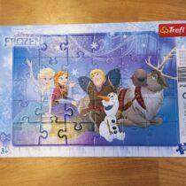 Papírové puzzle Ledové království