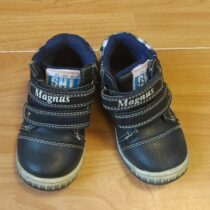 Kožené, kotníkové boty Magnus