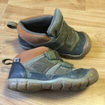Kotníkové boty Keen