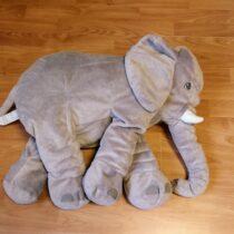 Velký plyšový slon