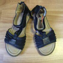 Sandále Mkoomi