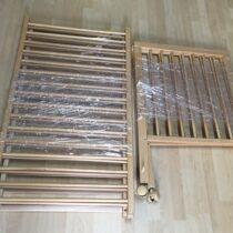 Dřevěná postýlka se stahovacím bokem a kolečky 120 x 60cm