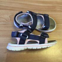 Sandále Camo