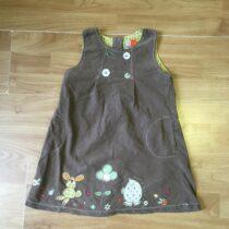 Next šaty svýšivkou