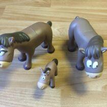 Figurky – kůň+ klisna + hříbě