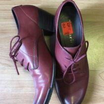 Kožené boty na podpatku Tamaris