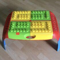 Plastový stolek Mochtoys
