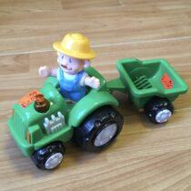 Zvukový traktor svalníkem + panáček