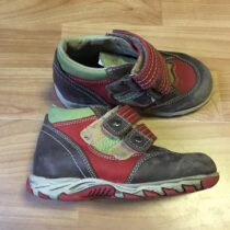 Kožené kotníkové boty TSM