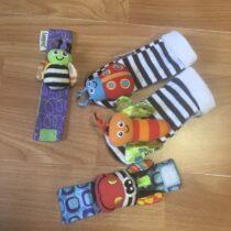 Lamaze Chrastící ponožky a náramky zvířátka